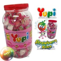 Yupi KISS Strawberry Permen lembut Gummy Candy Toples 125 pcs