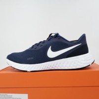 Sepatu Running/Lari Nike Revolution 5 Midnight Navy BQ3204-400 Ori