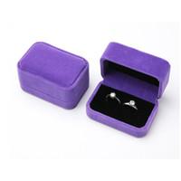 Jewelry Box Cincin, Liotin, Gelang, Kalung, Warna Ungu Beludru - Cincin Pasangan