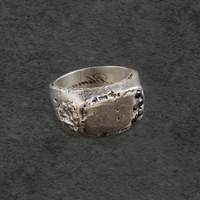 Cincin Sterling Silver 925 dengan Black Crystal Motif Guratan