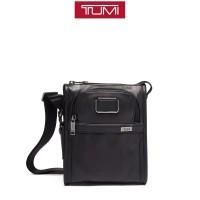 T U M I Alpha 3 Pocket Bag Small Leather - Black