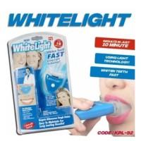 Pemutih Gigi WhiteLight praktis ekonomis dengan techno lamp bluelight