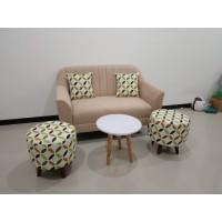 Sofa 2 Seater Havana + 2 stool + Meja Kayu Bulat - Hitam