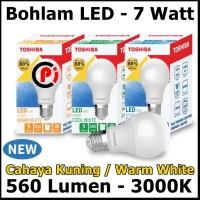 Toshiba Bohlam Lampu LED Cahaya Warna Warm White Kuning 7 Watt 7W