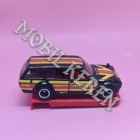 Hot Wheels Factory Custom 71 Datsun 510 Wagon Black Momo Ban Karet