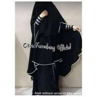 Jilbab Khimar Syari model belah samping bahan Jetblack MTH Leuwitex