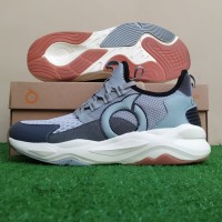Sepatu Running Sneakers Ortuseight Titan - Grey/Carbon/Off White
