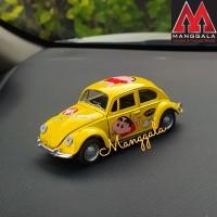 Pajangan Miniatur Diecast Mobil VW Beetle Kodok Klasik Shin Chan