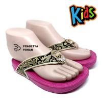 Sandal Anak Perempuan Tahan Air Model Batik - Sendal Perempuan - PINK