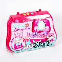 Mainan Anak Pretty Everyday 2 in 1 Beauty Make Up Bag Dresser 22 Pcs