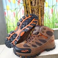 Sepatu Gunung SNTA 479 Grey red-Sepatu Outdoor-Sepatu Lapangan