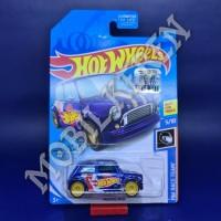 Hot Wheels US FS Super Treasure Hunt HW Race Team Morris Mini Blue