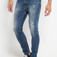 X8 Halbert Jeans