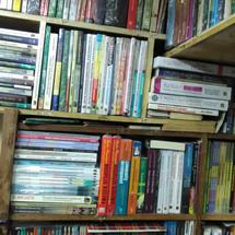 Logo Rama books centre