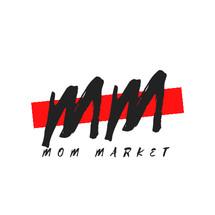 Mom martt Logo