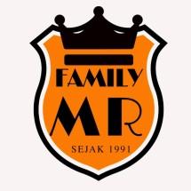 Logo MR FAMILY