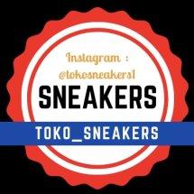 Logo toko_sneakers