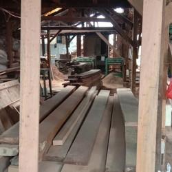 Rangka pintu kaca kayu Meranti
