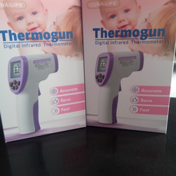 Thermogun ( termometer infra red)