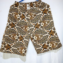 celana pendek batik