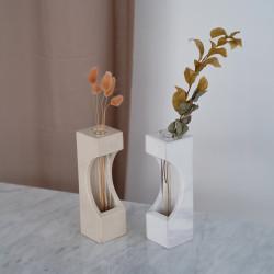 Luna Crescent Vase - Vas Bunga Marmer