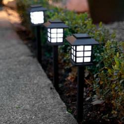 Lampu Taman LED Tancap Tenaga Surya Solar Cell Motif Classic Black