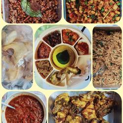 Nasi kuning Tumpeng mini 8 sekat Halal murah rasa nagih