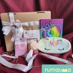 RUMAUMA Valentine Love Parcel Cewek Hadiah Kado Bunga Buku Wanita Lucu