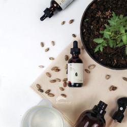 Neem Oil Premium Neem Oil Pestisida Organik untuk Hama 60ml