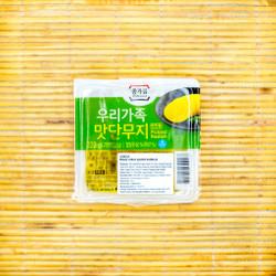 Acar Lobak Korea Iris / Sliced Danmuji (Pickled Raddish) Jongga - 220g