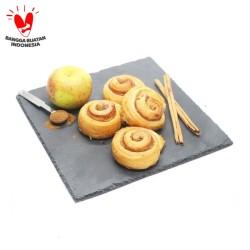 Organic Cinnamon Roll - SESA Pastry