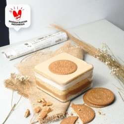 Regal Dessert Box