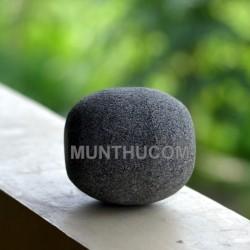 Ulekan / Anak Cobek Batu Kali Bentuk Bulat Telur Gaya Padang/ Sumatera