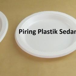 Piring plastik besar BSM (50pcs)