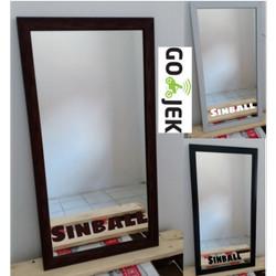 Cermin Kaca Wajah mirror minimalis gantung dinding