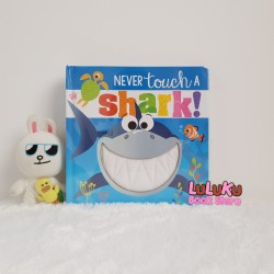 Buku Touch and Feel Sensory Book - Never touch a Shark