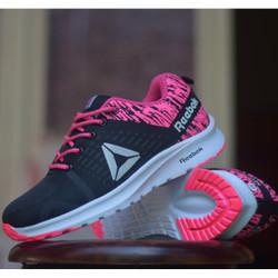 Sepatu Olahraga Senam Wanita Reebok - Hitam PInk