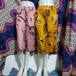 celana kulot 7/8 batik jumbo wanita fit L,XL dan XXL