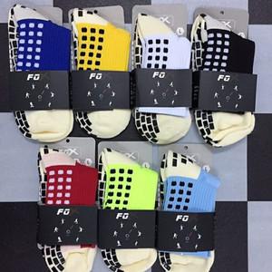 Kaos kaki anti slip fox model titik