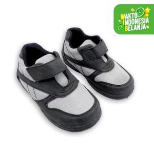 Sepatu Anak Laki-laki Fit To Feet Beryl - Hitam - 26