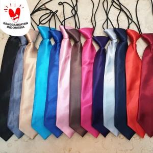 Dasi Anak - Anak Polos 6 Warna