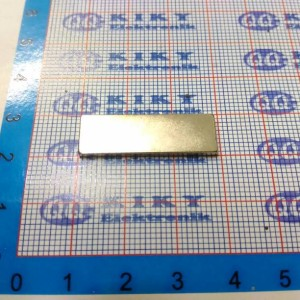 magnet neodymium 30x10x2mm / magnit batang putih 30 x 10 x 2mm