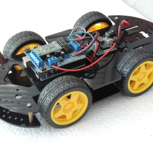 iphone android Bluetooth remote control 4WD Arduino Robot Smart Car