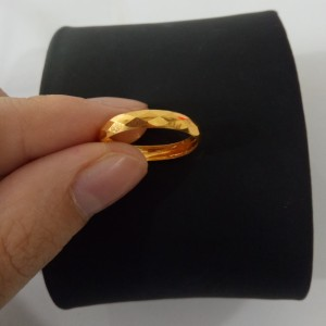 Cincin Emas asli model etnik Kadar 700