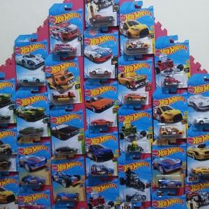 Hotwheels Real Cars Murah, Beli 10pcs Gratis 1 pcs