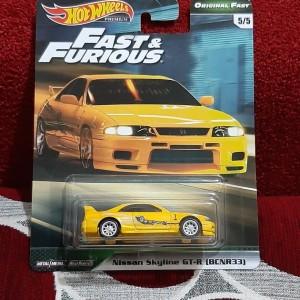 Hotwheels Fast 'n Furious Nissan Skyline BCNR33 Ban Karet Premium Card
