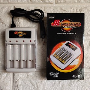 CHARGER BATERAI AA / AAA Fast Charger 4 SLOT / Charger Batre A3