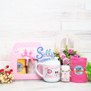 Hampers one month / souvenir baby born 2