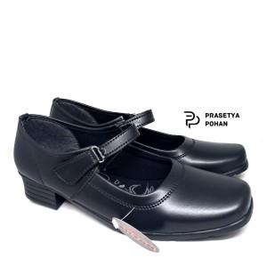 Sepatu Pantofel Wanita Donkeys Formal