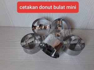 Harga cetakan donat bulat mini 1 pack 20 | HARGALOKA.COM